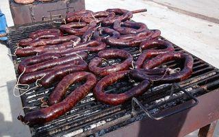 Кровяная колбаса: фото, описание, состав, калорийность, полезные свойства и вред
