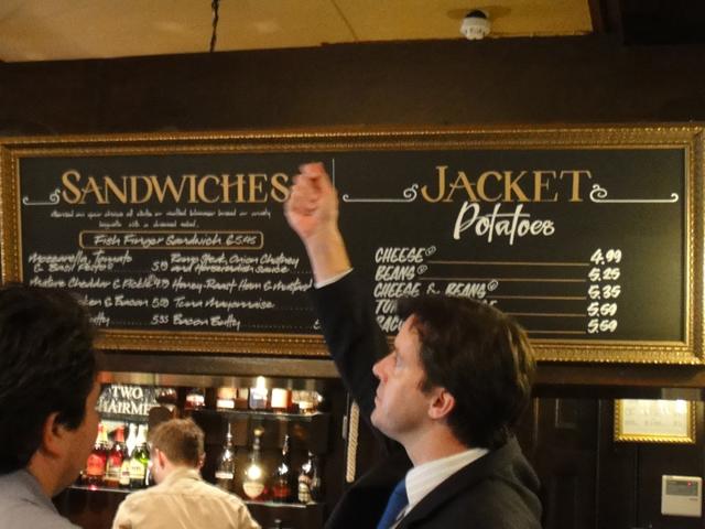 Ирландские закуски к пиву – популярная еда, которую можно заказать в местных пабах