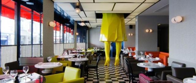Необычные кафе и рестораны Парижа, где еда имеет второстепенное значение