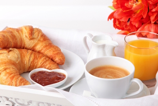 Завтрак в Париже – из чего состоит традиционная утренняя трапеза во Франции