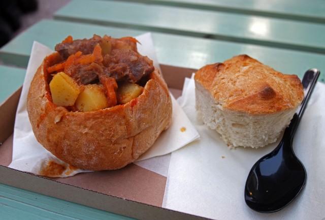 Уличная еда в Будапеште – чем перекусить во время прогулки по венгерской столице