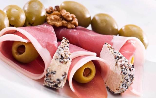 Итальянское мясо прошутто – что представляет собой знаменитый деликатес