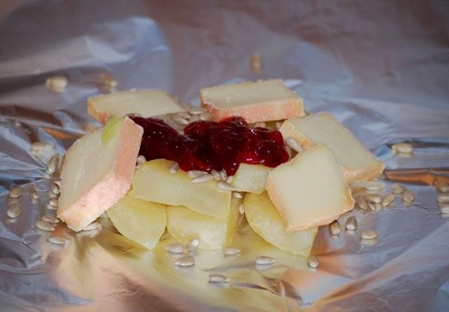 Традиционные чешские закуски к пиву – что можно заказать к бокалу пенного