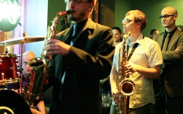 Джаз кафе и рестораны Санкт-Петербурга с живой музыкой