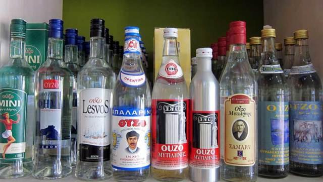 Греческая водка узо и раки – национальные алкогольные напитки Греции