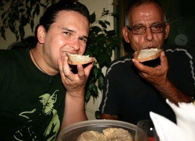 Сыр с червями – итальянский деликатес для самых искушенных и смелых гурманов