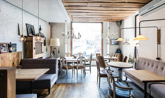 Самые интересные кафе и рестораны Санкт-Петербурга