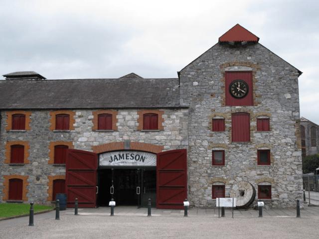Виски в Ирландии: какие сорта и марки предпочитают употреблять в стране
