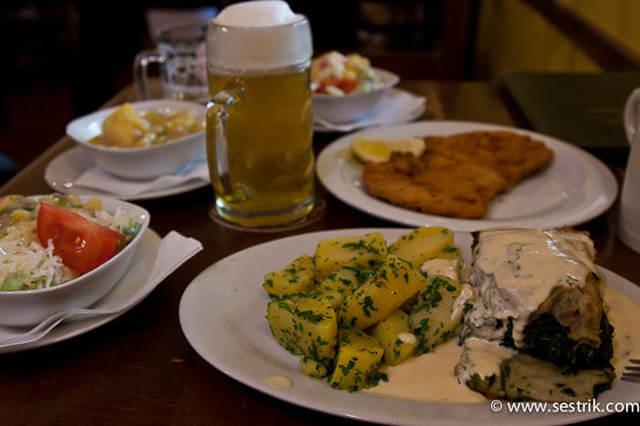 Где вкусно и недорого поесть в Вене: 7 мест для бюджетного обеда и ужина