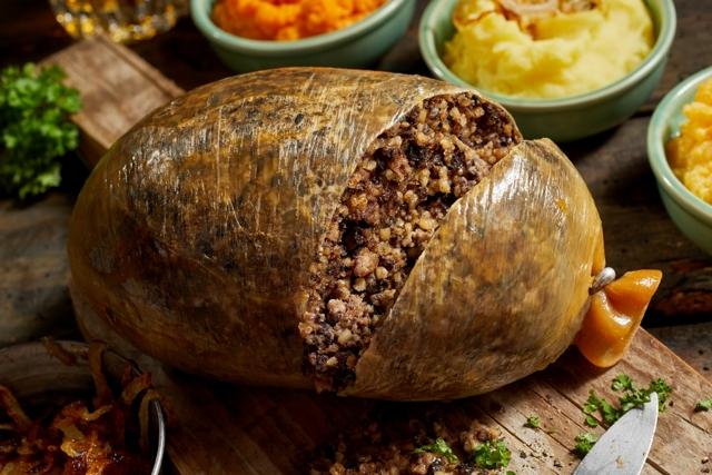 Хаггис – шотландское блюдо номер один в списке того, что попробовать в стране