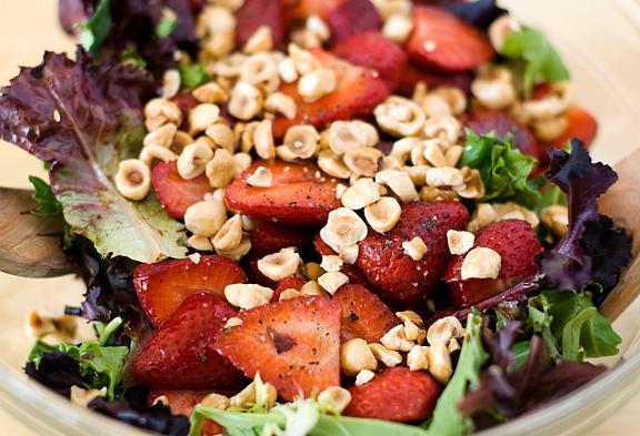 Лесной орех: калорийность, полезные свойства и состав, чем полезен для мужчин