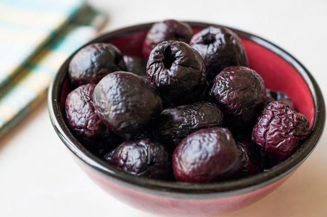 Маслины - состав, калорийность, белки, углеводы, чем полезны для организма человека