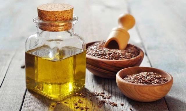 Льняное масло польза и вред для пищеварения и кожи, чем может быть опасно для организма