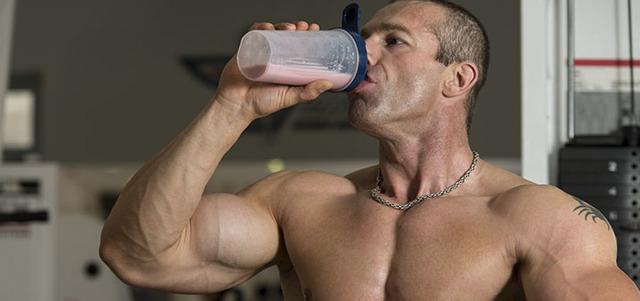 Для чего нужен протеин и как работает гейнер в организме