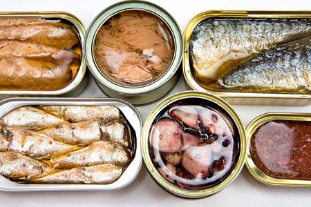Как правильно выбрать хорошие рыбные консервы в магазине