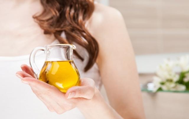 Кунжутное масло польза и вред для здоровья человека. Польза масла кунжута сырого и жареного в косметологии и медицине.