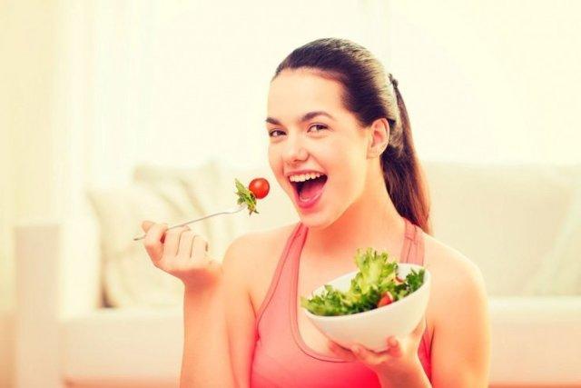 Польза листьев салата для похудения и пищеварения: чем полезны при кашле и анемии