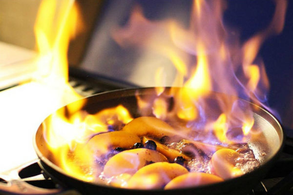 Фламбирование - как способ приготовления пищи