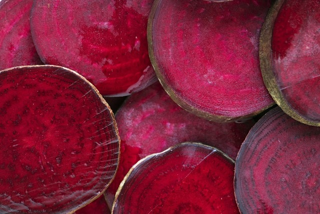 Свекла: фото и описание овоща, состав, калорийность, полезные свойства и вред